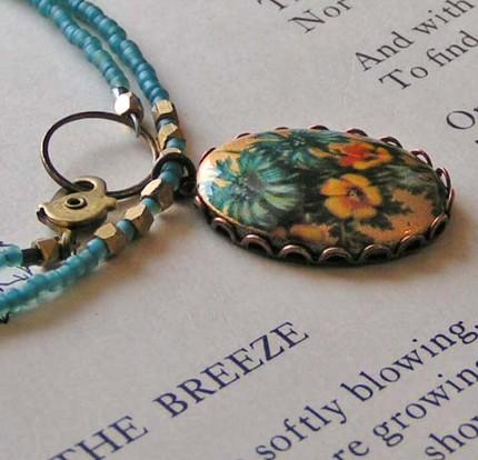 The Little Vintage Necklace